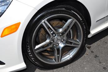 Exotic wheel and tire for Mercedes benz tire caps